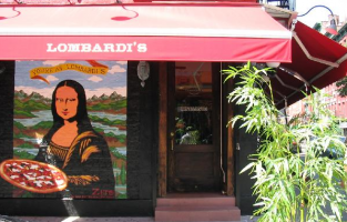 lombardis monalisa entrance . pizza